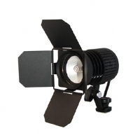 Lumiere L60181 Portable Halogen Video Light Kit