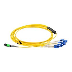 Axiom network cable - 66 ft - yellow