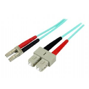 StarTech.com 10Gb Aqua patch cable - 33 ft - a