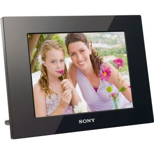 10IN SONY DIGITAL PHOTO FRAME