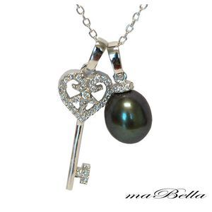 Mabella Pearl Fashion Key Pendant with Chain