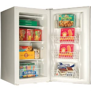 4.8 CUBIC-FT COMPACT FREEZER