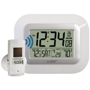 DIGITAL WALL CLOCK WITH IN/OUT TEMPERATU